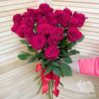 Букет из 25 голландских роз