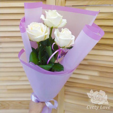 Букет из 3 белых роз